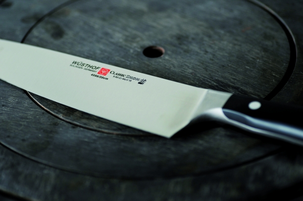 CLASSIC IKON Cook's Knife 01